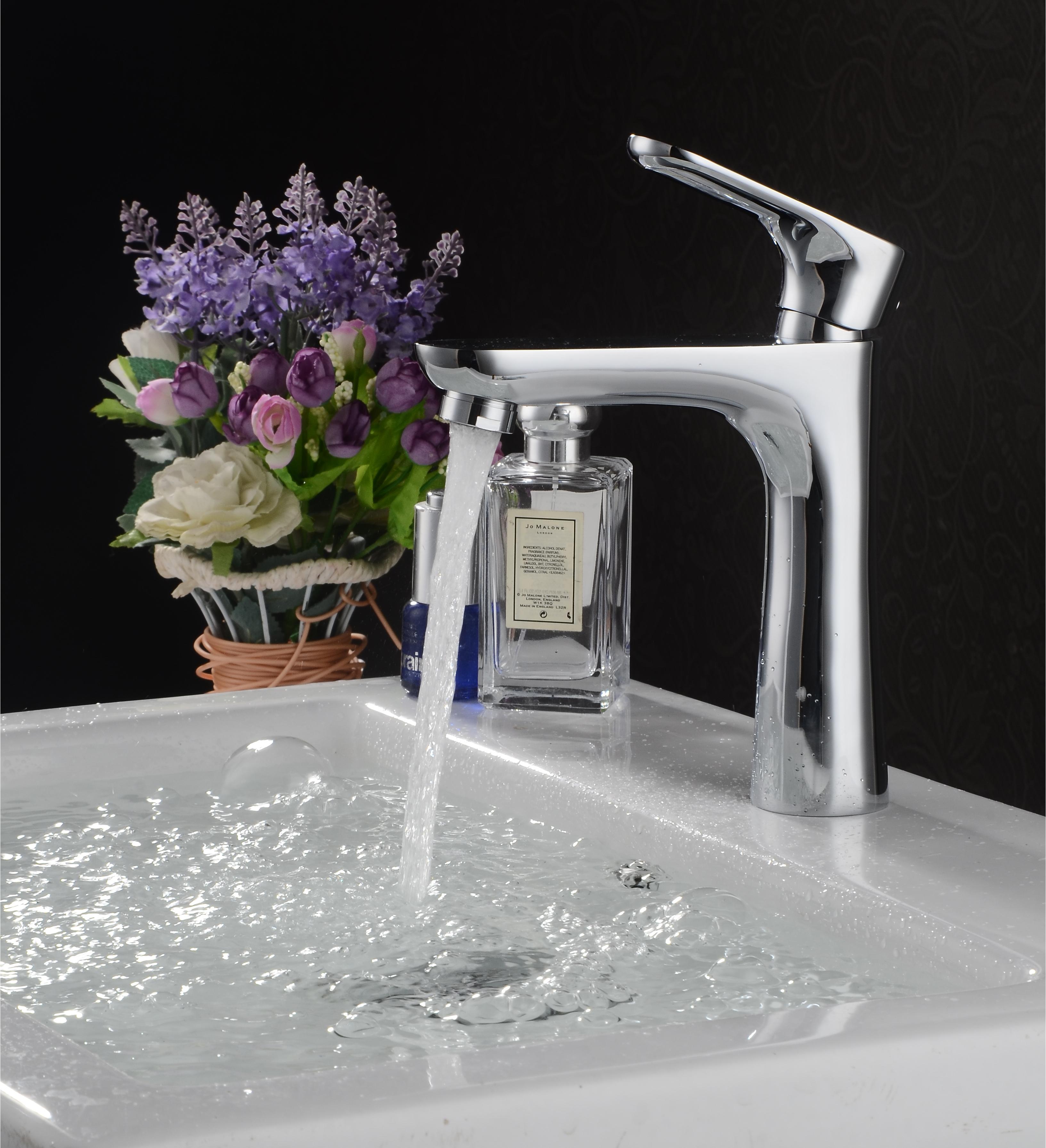 Vòi nước HALO GF-1572