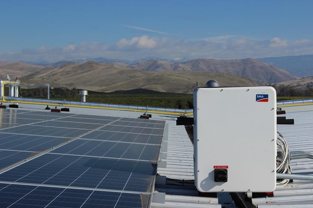Bộ biến tần (inverter) năng lượng mặt trời là gì?