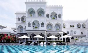 HALOCONS thi công hoàn thiện sàn nhựa ngoài trời cho dự án khách sạn TajmaSago Castle